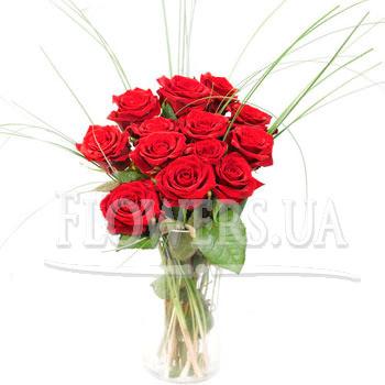 """Букет троянд """"Урочистiсть""""  - придбати в Україні"""