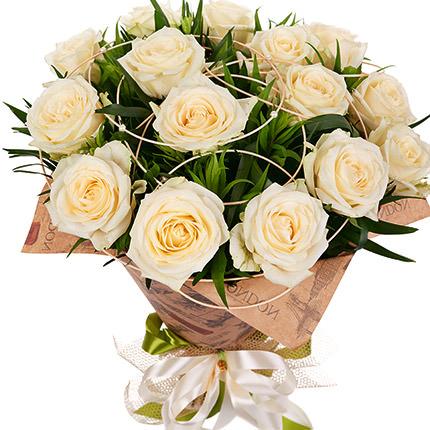 15 кремових троянд  - придбати в Україні