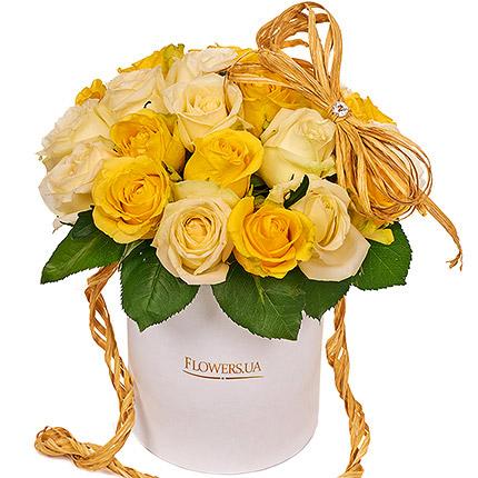 """Квіти в коробці """"Сонячна посмішка""""  - придбати в Україні"""