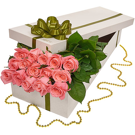 """Flowers in a box """"15 pink roses""""  - buy in Ukraine"""
