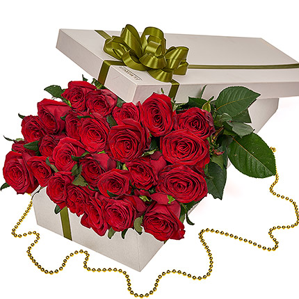 """Flowers in a box """"25 red roses""""  - buy in Ukraine"""