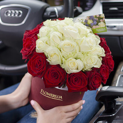 """Квіти в коробці """"Престиж!""""  - придбати в Україні"""