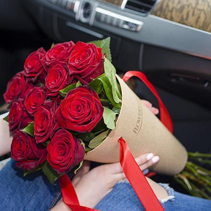 """Букет в конус-пакеті """"Букет троянд""""  - придбати в Україні"""