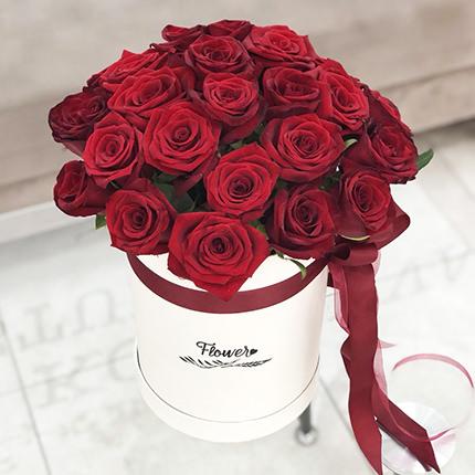 """Квіти в коробці """"Love U!!""""  - придбати в Україні"""