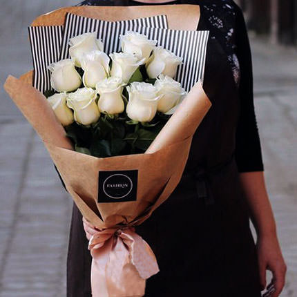 """Букет """"11 белых роз""""  - купить в Украине"""