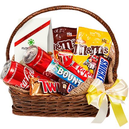 """Gift basket """"Sweet tooth's dream""""  - buy in Ukraine"""