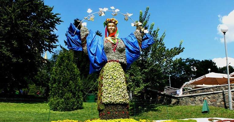 Ежегодная выставка цветов в Киеве