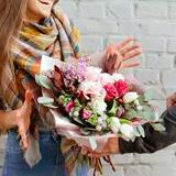 Круглосуточная доставка цветов по Киеву