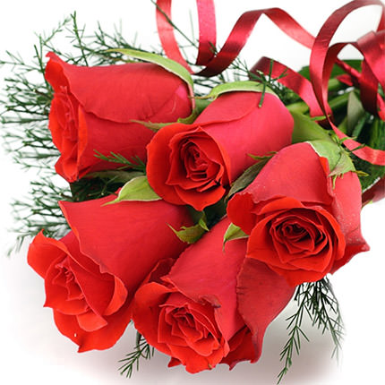 5 red roses - delivery in Ukraine