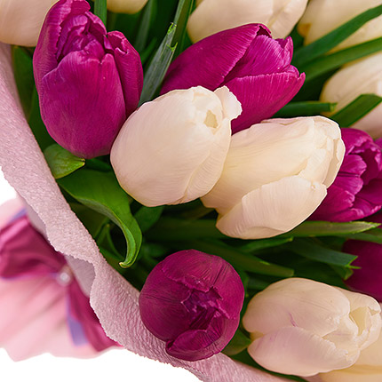 39 delicate tulips - order with delivery
