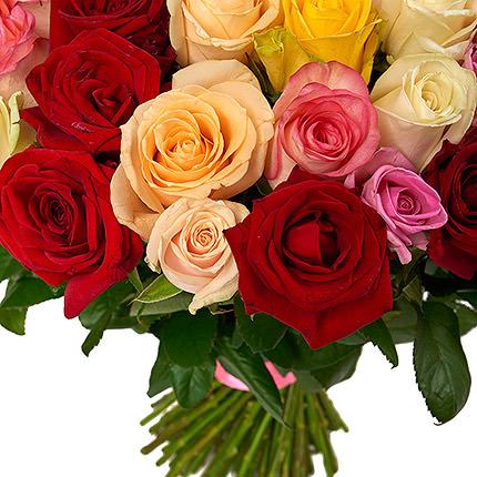 101 різнокольорова троянда - замовити з доставкою