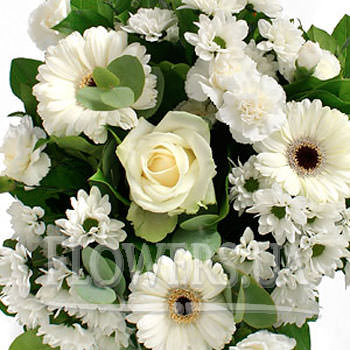The white boquet Europe - order with delivery