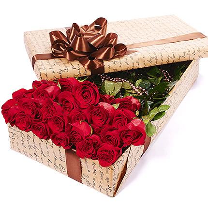 """Цветы в коробке """"25 красных роз"""" - доставка по Украине"""