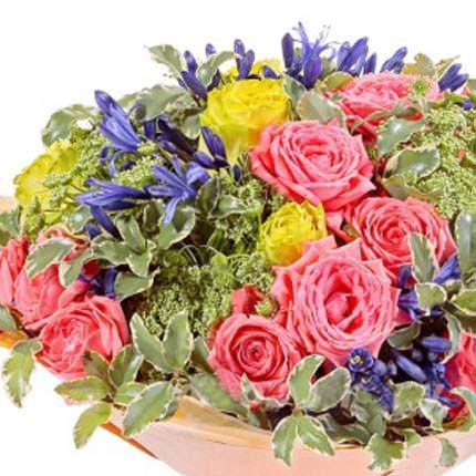 """Букет """"Троянди в саду"""" - замовити з доставкою"""