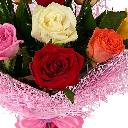 9 разноцветных роз - заказать с доставкой