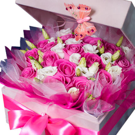 "Flowers in a box ""For beloved"" - delivery in Ukraine"