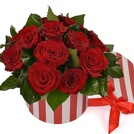 "Flowers in a box ""Stylish classic"" - delivery in Ukraine"