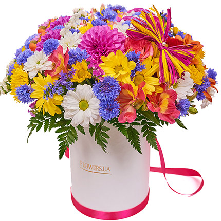 "Flowers in a box ""Summer romance"" - order with delivery"