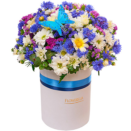 "Flowers in a box ""Simpatico"" - order with delivery"