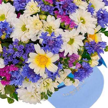 """Цветы в коробке """"Симпатяжка!"""" - доставка по Украине"""