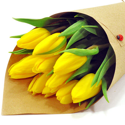 9 жовтих тюльпанів - доставка по Україні