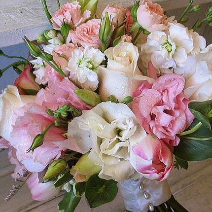 "Bridal bouquet ""Miss Elegance"" - order with delivery"