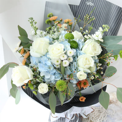 "Bouquet ""Stylish girl"" - delivery in Ukraine"