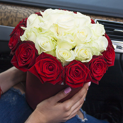 """Flowers in a box """"Prestige!"""" - order with delivery"""