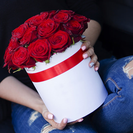 """Квіти в коробці """"I Love You!"""" - доставка по Україні"""