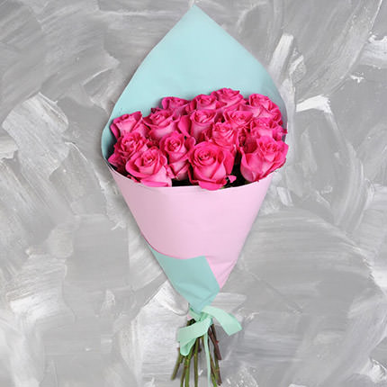Bouquet of 15 pink roses - delivery in Ukraine