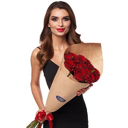 Букет з 7 червоних троянд - замовити з доставкою
