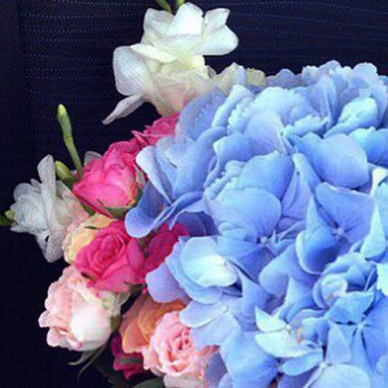 """Квіти в коробці """"Спокуса"""" - замовити з доставкою"""