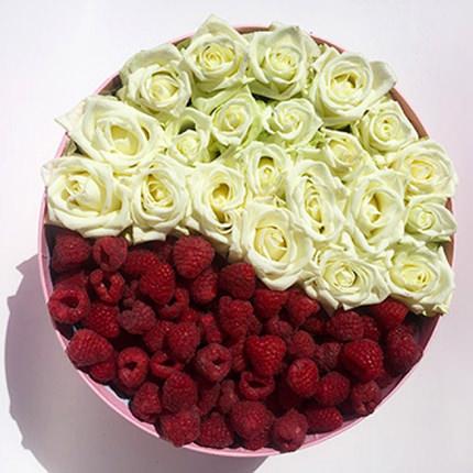 "Composition ""Raspberry dessert"" - delivery in Ukraine"
