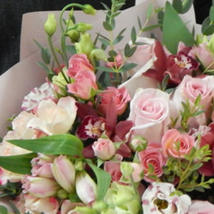 "Delicate bouquet ""Harmony of feelings"" - order with delivery"