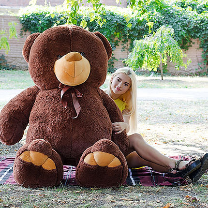 "Bear ""Giant"" (2 meters) - delivery in Ukraine"