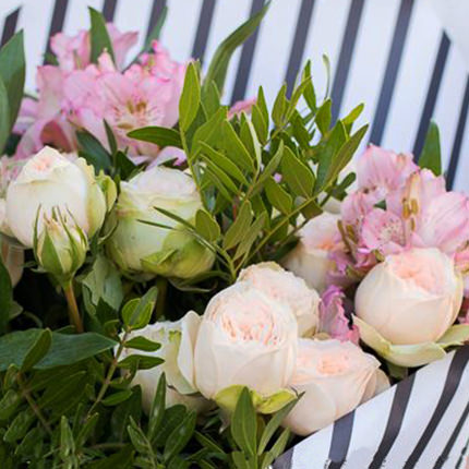 "Stylish bouquet ""Rumba"" - delivery in Ukraine"
