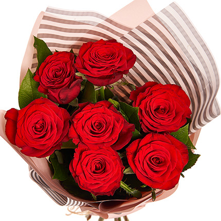 Букет з 7 троянд - доставка по Україні