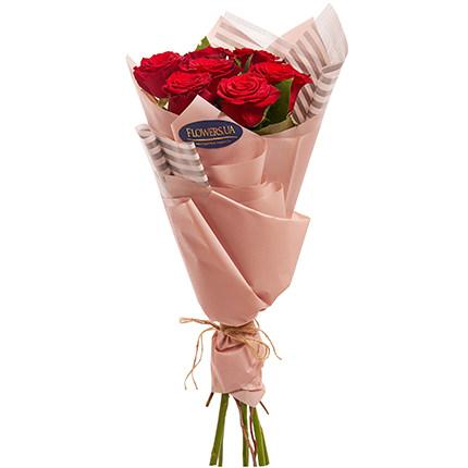 Букет з 7 троянд - замовити з доставкою