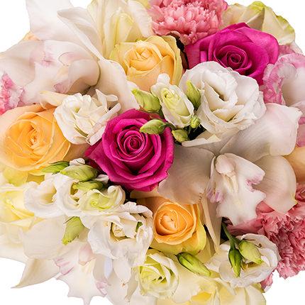 """Цветы в коробке """"Прекрасное чувство!"""" - доставка по Украине"""