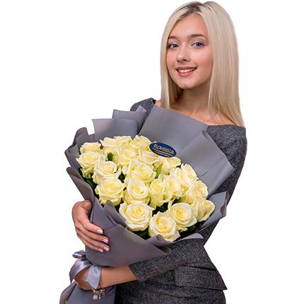 """Букет """"25 білих троянд"""" - доставка по Україні"""