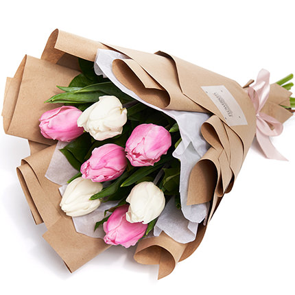 7 white and pink tulips - order with delivery