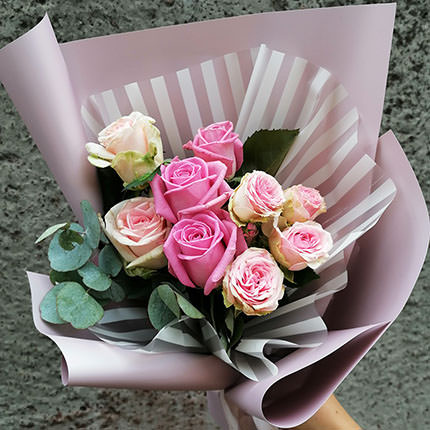 """Author's bouquet """"Compliment of roses"""" - order with delivery"""