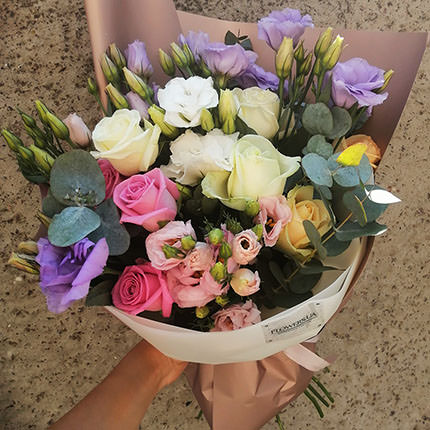 "Author's bouquet ""Flower Selfie"" - delivery in Ukraine"