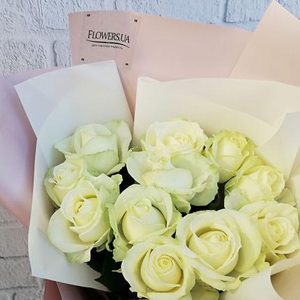 """Авторський букет """"11 білих троянд"""" - доставка по Україні"""