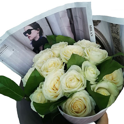 "Author's bouquet ""15 white roses"" - delivery in Ukraine"