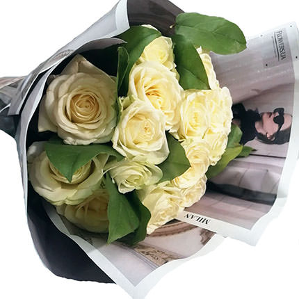 "Author's bouquet ""15 white roses"" - order with delivery"