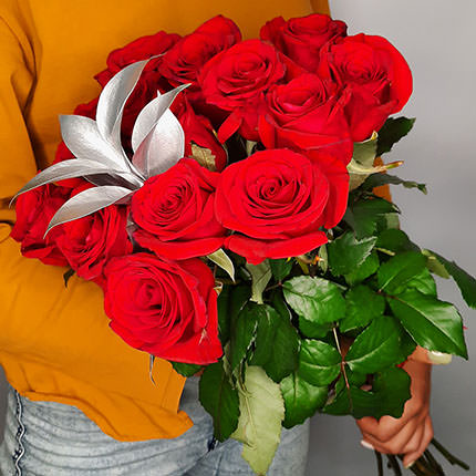 "Silver collection ""15 red roses"" - order with delivery"