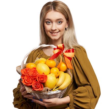 "Корзина фруктов ""Романтика"" - доставка по Украине"