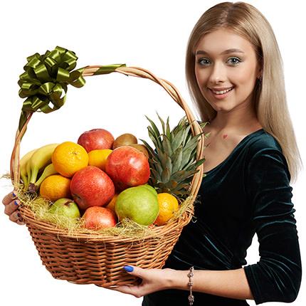 Large fruit basket - delivery in Ukraine