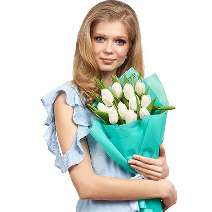 """Букет """"11 белых тюльпанов"""" - доставка по Украине"""